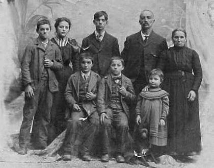 [Family of Francesco Dellamano - 1906]